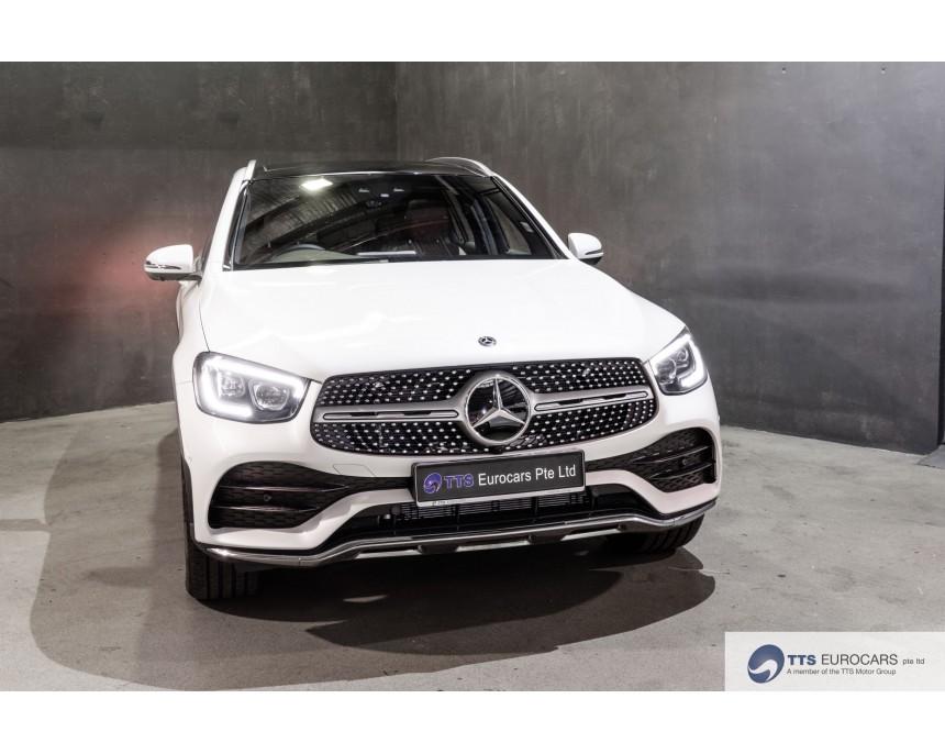 GLC300 SUV AMG Line Premium Plus